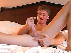 Muscular stud giving nice stroke and anal fingering show