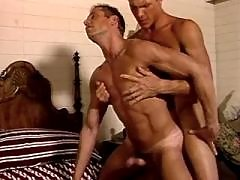 Beefy stud gets hammered and jizzed